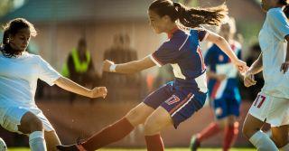 Забивая гол, разбивая стереотипы: Украинские спортсменки о женщинах в футболе
