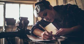 Праця молоді в Україні: Недосяжна успішність і реальні порушення трудового законодавства