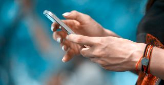 Закрытая группа: Насколько безопасно говорить о личном в соцсетях