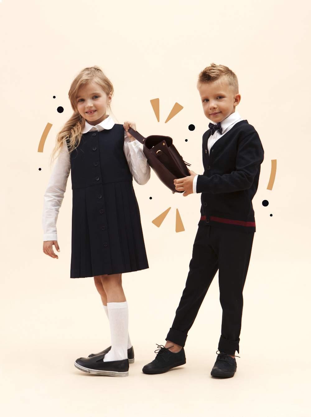 7ba46040d5f44c Бренд з'явився через необхідність зібрати донечку до школи – батьки не  могли знайти елегантний і практичний одяг водночас, тому вирішили шити його  самі.