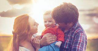 Родина, молитва, хатня робота: Що приносить радість українцям сьогодні