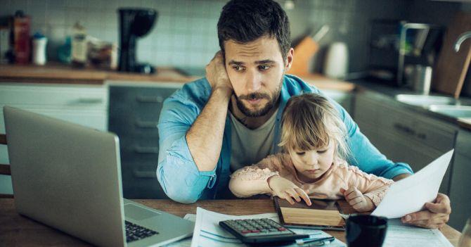 Закон про працюючих батьків: Широке поле для зловживань чи корисні реформаторські ідеї?