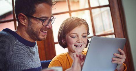 Онлайн-освіта: 7 програм для школярів та їхніх батьків