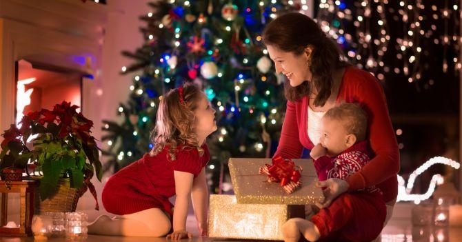 Baby's gift: 4 ідеї подарунків малюкам на новорічні свята