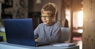 Grow up: 5 мультфільмів для розвитку дитини з раннього віку