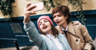 Не одинокие в Сети: Как я вновь обрела дочь благодаря Instagram
