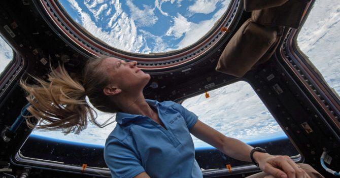 NASA: Через 5 років на поверхню Місяця вперше ступить астронавтка