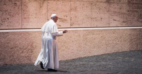 """Папа Римський: """"Церква повинна визнати багатовікове домінування чоловіків та абьюзу жінок"""""""