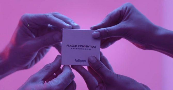 Секс за згодою: Аргентинська компанія розробила спеціальну упаковку для презервативів