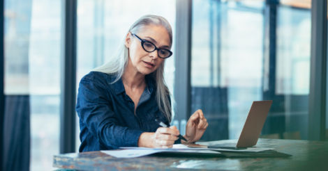 Карьера в 50: Как найти достойную работу