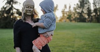 Виховання впевненістю: Що таке батьківська асертивність