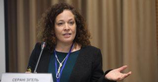 Около половины украинок считают, что факт насилия между супругами должен решаться в рамках семьи