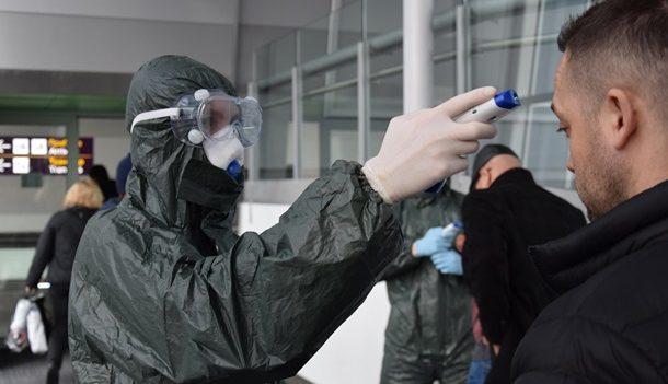 """В аэропорту """"Борисполь"""" обнаружили пассажира с коронавирусом"""