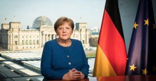 """""""Перед нами - историческая задача, и решить её мы сможем только сообща"""": Меркель рассказала, как эпидемия изменит жизнь всех нас"""