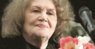 Видатна поетеса сучасності Ліна Костенко сьогодні святкує 90-річчя