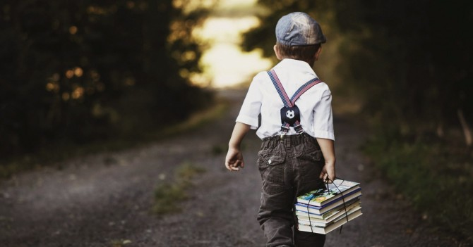 Путешествовать, не выходя из дома: 5 детских книг об открытиях и дальних краях