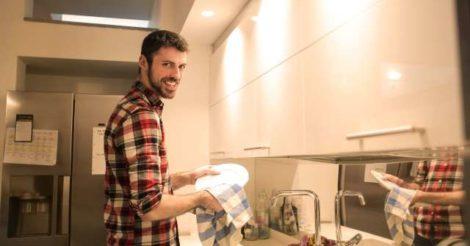 Канадские ученые доказали, что домашняя работа полезна для здоровья