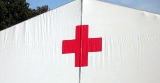 В регионах возле больниц обустраивают палатки для приема больных из-за распространения коронавируса