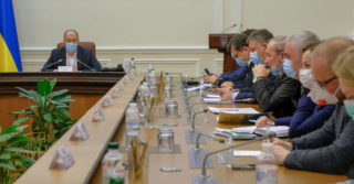 В Украине начали платить пострадавшим от коронавируса
