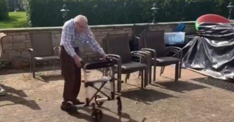 99-летний британец собрал $5 млн на борьбу с COVID-19, ходя вокруг дома