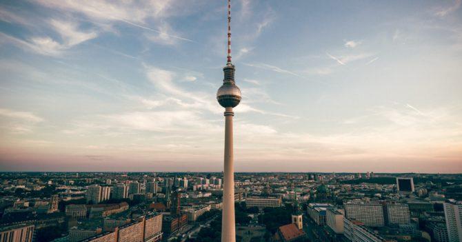 На «матусю» надійся, а сам бережися: Як сприймається німецький карантин в Берліні