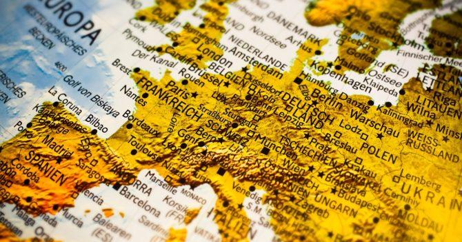 Летние каникулы 2020: глава Еврокомиссии посоветовала европейцам отложить путешествия