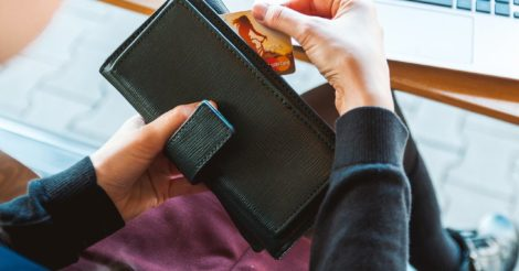 Украинцы смогут самостоятельно выбирать банк для выплаты заработной платы