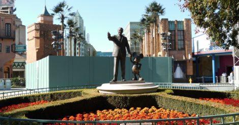 Disney оставит без зарплаты сотни тысяч сотрудников во время карантина