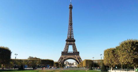 Франция готовится возобновить туризм