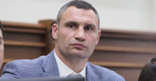 Виталий Кличко просит запустить транспорт в Киеве