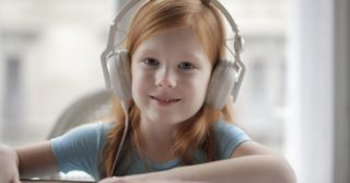 Эффект Моцарта: Как музыка способствует академическим успехам