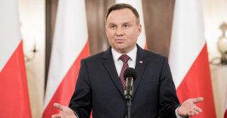 Президент Польши сказал, что ЛГБТ хуже коммунизма