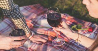Как красное вино защищает зубы от кариеса