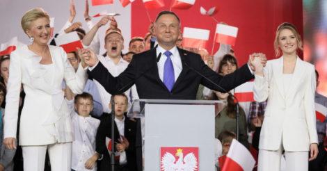 В Польше на президентских выборах победил консерватор Анжей Дуда