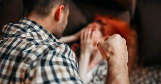 В Грузии обвиняемых в домашнем насилии будут контролировать