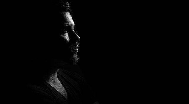 Гормональный дисбаланс у мужчин: признаки и симптомы