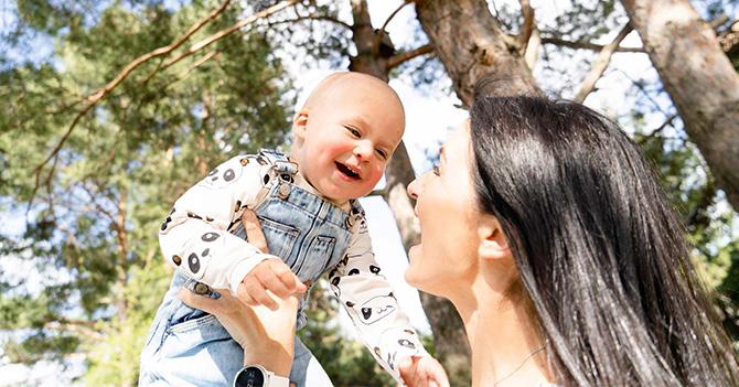 (Не)Ідеальне материнство: Історії про молоко, любов і здоровий глузд