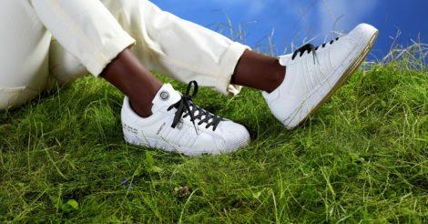 Adidas Originals выпустили экологичные кроссовки