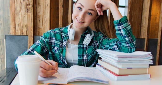 Главный стимул для украинских детей изучать английский язык - это карьера