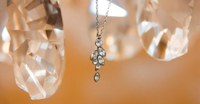 Как определить настоящий бриллиант или подделку