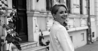 Писательница Елена Андрейчикова о праве женщины быть любой и о новой книге «Нежные выживут»