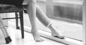 Как обезопасить себя от падения дома?