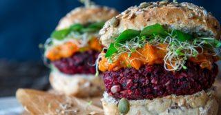 """Запретить термин """"вегетарианский бургер"""": требуют фермеры"""