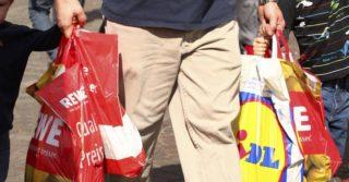 В Германии отказались от пакетов в супермаркетах