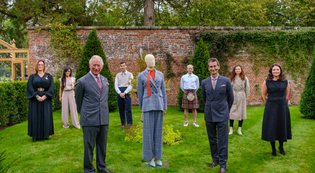 Фонд принца Чарльза выпустил экологическую одежду
