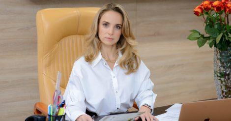 От юриспруденции к дизайну одежды: История Наталии Мазур и бренда MONAMOON