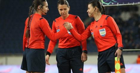 Впервые женщины-арбитры будут судить мужской матч по футболу