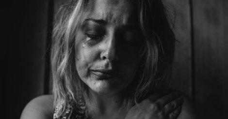 Не приватна справа: Доповідь Amnesty International про насильство щодо жінок на сході України
