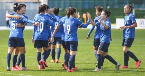 Футбольный матч женской команды в Китае отменили из-за цвета волос спортсменки