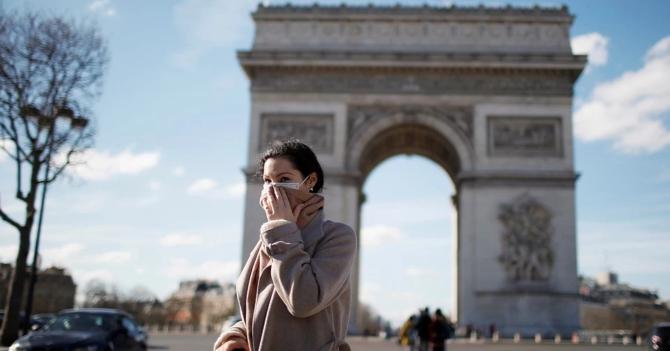 В мэрии Парижа работает очень много женщин и их за это оштрафовали